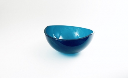 Aida Bowl Hand blown and cut glass by Adam Aaronson